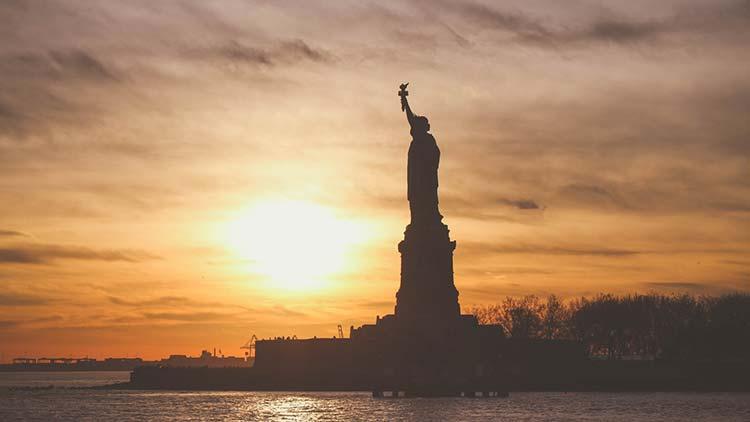 Sandy LE BLOG Douglas Kennedy Statue de la Liberté